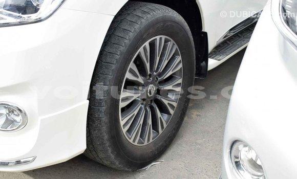 Acheter Importé Voiture Nissan Patrol Blanc à Import - Dubai, Bamingui-Bangoran
