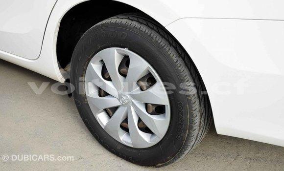 Acheter Importé Voiture Toyota Yaris Blanc à Import - Dubai, Bamingui-Bangoran