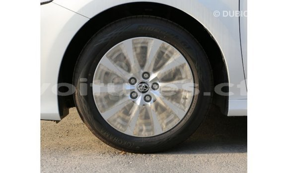 Acheter Importé Voiture Toyota Camry Blanc à Import - Dubai, Bamingui-Bangoran