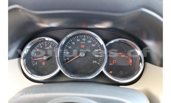 Acheter Importé Voiture Renault Duster Blanc à Import - Dubai, Bamingui-Bangoran