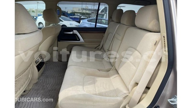 Big with watermark toyota land cruiser bamingui bangoran import dubai 3668