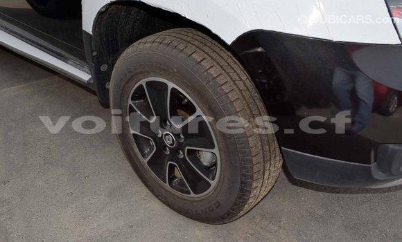 Acheter Importé Voiture Renault Duster Noir à Import - Dubai, Bamingui-Bangoran